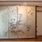 Шкафы купе с пескоструйным рисунком на заказ фото 5