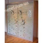 Шкафы купе с пескоструйным рисунком на заказ фото 8