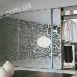 Шкафы купе с пескоструйным рисунком на заказ фото 4